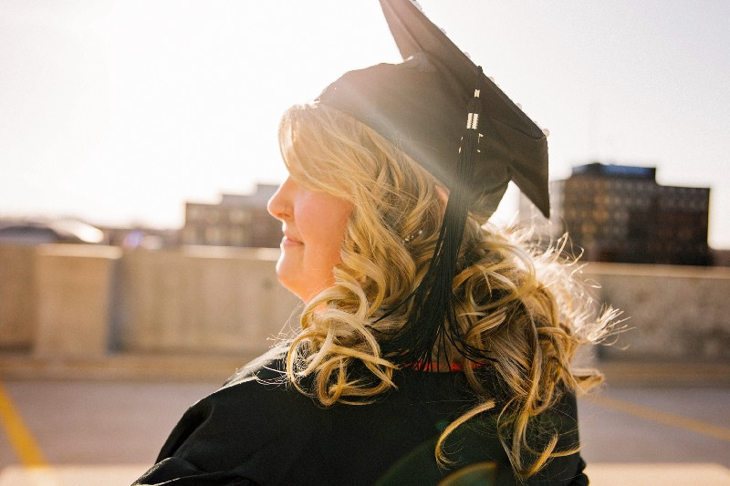 How to Land A High Paying Job Out of College